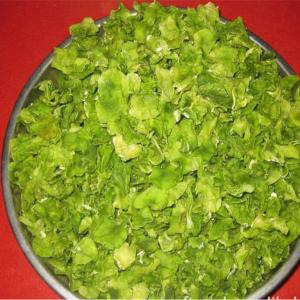 China 100% dehydrated lettuce flakes 3x3,4x4,5x5,6x6,10x10mm,dried vegetable,spices on sale
