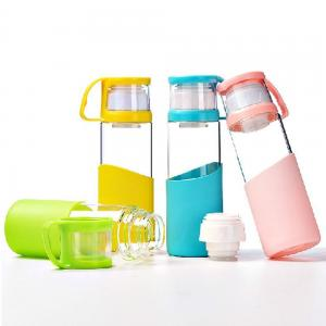 China Pure Double Caps BPA Free Glass Water Bottles With Lid / Silicone Sleeve on sale