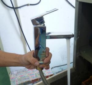 China Singel Handle Brass Basin Mixer Taps / Elinhebel Kuchenarmtur Para Washbecken on sale