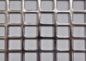 China Stainless Steel Square Perforated Metal Straight Row High Dimensional Accuracy on sale