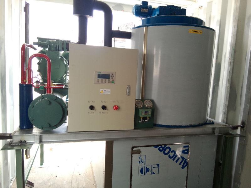 CBFI-containerized flake ice maker