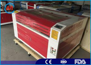 China Equipamento industrial da gravura do laser da madeira da precisão alta com o tubo do laser do CO2 on sale