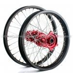 ホンダの304ステンレス鋼のスポーク材料が付いている注文の鋼片のオートバイの車輪セット