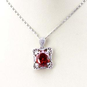 China 925 Sterling Silver Oval Garnet Cubic Zircon Pendant with Silver Chain (P11) on sale