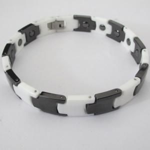 China Braceletes cerâmicos de aço inoxidável da forma com ímã dos cuidados médicos on sale