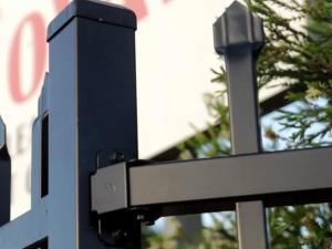 China Customized Black Zinc Steel Metal Garrison Fence Panels Maintenance Free on sale