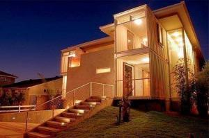 China Steel Frame Prefab Modular Cargo Shipping Container Homes Waterproof  Fireproof on sale