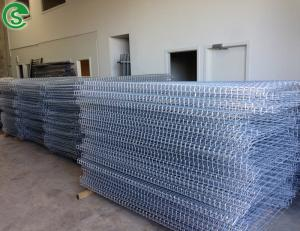 China Hot dipped galvanized 6ft welded wire mesh BRC fencing for sale on sale
