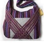 Artes chinos del arte popular -- La minoría étnica empaqueta bolsos de la moda de la mano de los bolsos