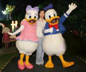 Quality custom made plush daisy disney cartoon costumes for adults for sale