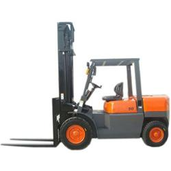 China 7 ton hydraulic diesel forklift on sale