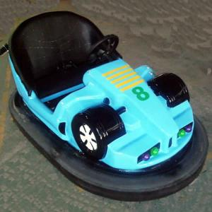 China Theme Park Bumper Cars Ride Red Green Blue Color Fiber Glass Material on sale