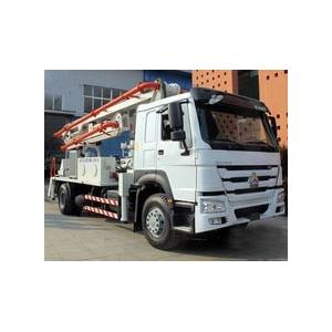 China 6 Wheels Concrete Pump Truck / Cement boom Truck With 125M3 / H High Output on sale