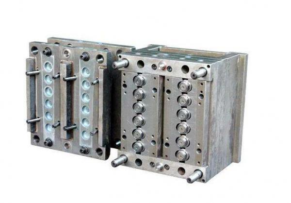 Plastic Injection Mould Auto Parts With Plastic injection Mould
