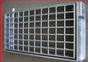 China A Grade Steel Grating Drain Cover Hot Dipped Galvanized Q235 Material on sale