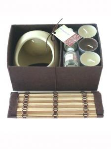 China Decorative Ceramic Oil Candle Burner Set Brown / Cream With 8ml Oil Bottle on sale