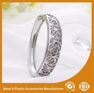 China Custom Elegant Engravable Bangle Bracelets Jewellery Multi Coloured on sale