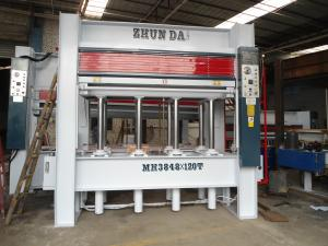 China Automatic Veneer Plywood Hot Press Machine With Hydraulic System 120 Ton on sale