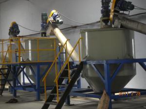China OEM Plastic Bottle Crushing Machine / Plastic Recycling Granulator 3-5T/H on sale
