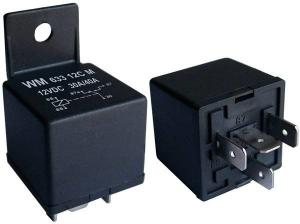 China Low Power Mini PCB Power Relay With Eight Black Pins Vibration Resistance on sale
