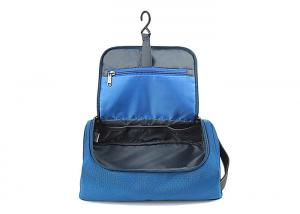 China Custom Travel Kit Hanging Toiletry Bag Polyester Waterproof Toiletry Bag With Hook For Men on sale