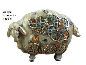 China Polyresin Sheep Figurine Decoration (D24-78008) on sale