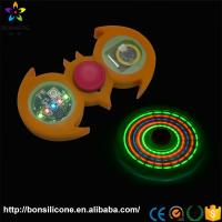 5 LED Light Perfect Size Customized Colours Nice Hand Feeling Silicon Finger Spiners
