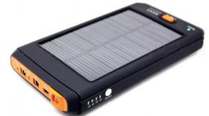 China 12000mAh 3.7V Green Environmental Iphone Solar Chargers For Laptop on sale