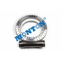 Enclosed Housing Worm Drive Slew Ring , Solar Slew Drive Compact Design