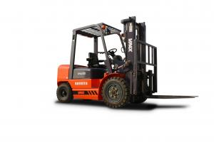 China Red 10 Ton Diesel Powered Forklift / 10000kg Fork Lift Trucks Energy Saving on sale