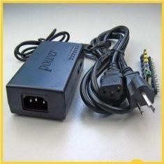 China fonte de alimentação universal do caderno 22V com o fabricante potência de saída portátil do adaptador de USB on sale