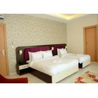 King Size Bedroom Furniture Set Walnut Color Modern Style OEM Service