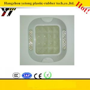 China Fluorescent plastic road stud with patent,Noctilucent spike, Fluorescent markers on sale