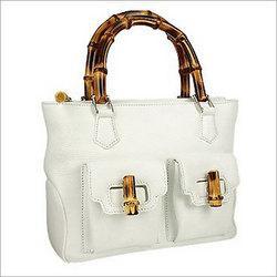 China Ladies' Hand Bag on sale