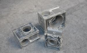 China Custom made Injection Mold Tooling for aluminum die casting parts on sale