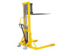 China Adjustable Manual Hydraulic Pallet Stacker , Straddle Stacker Forklift High Efficiency on sale