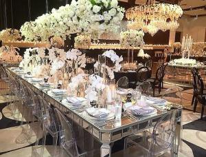 Aisles Wedding Silver Mirrored Dining Table Rectangle Type Strong - Silver mirrored dining table