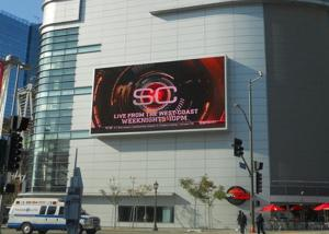 China Outdoor Full Color LED Display P3.91 Brightness 6000nits Advertising Hot Sale on sale