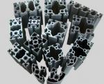 Cadeia de fabricação de alumínio perfil de alumínio industrial com o corte, furando