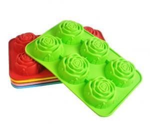 China 6 cups silicone mini gingerbread village mold pan razorback silicone baking mold on sale