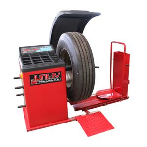 China Industrial Heavy Duty Truck Tire Balancer , Wheel Balancing Equipment 0.55kw on sale