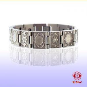 China Joyería de acero Titanium magnética de encargo de la pulsera en China, on sale
