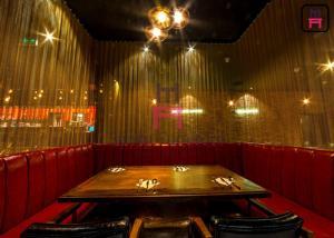China Leather Fabric U Shaped Restaurant Sofa Set For Hotel / Salon / Coffee Shop on sale