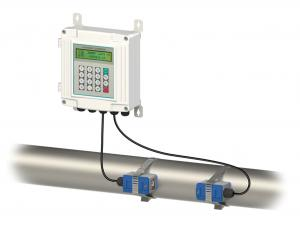China Industrial Ultrasonic Flow Meter Doppler With Transducer Pipeline on sale
