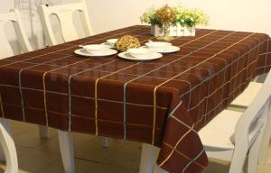 China Custom made colored Restaurant Table Cloth dining room table cloths on sale