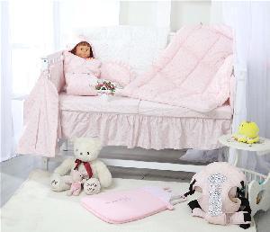 China Little Princess Baby Bedding Set on sale