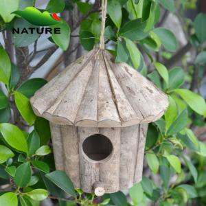 China Cheaper Nature Wood Bird House for Selling on sale