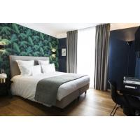 China Congo hotel room furniture from China by Leather bed with wood side table and TV table cabinet on sale