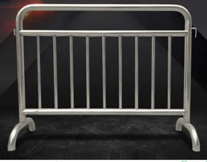 China Fixed Leg Interlocking Metal Fence Accessories Stainless Steel 304 316 Barricade For Concert on sale