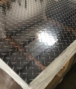 China Aluminium Alloy Checker Plate 1-7mm Thickness For Anti Slip Floor on sale